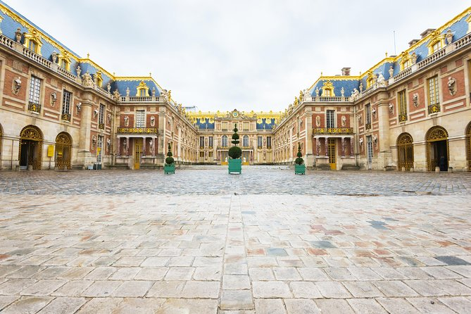Intimate Half-Day Morning Tour at Versailles from Paris