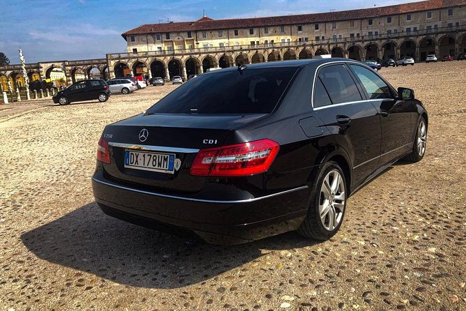 Private Arrival Transfer: Treviso Airport (TSF) - Venice / Car + Water Boat