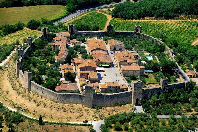 Private Transfer: Civitavecchia Port to Monteriggioni and vice versa