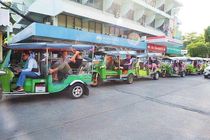 Bangkok Like a Local: Tuk-tuk, Boat, Temples & Markets Tour