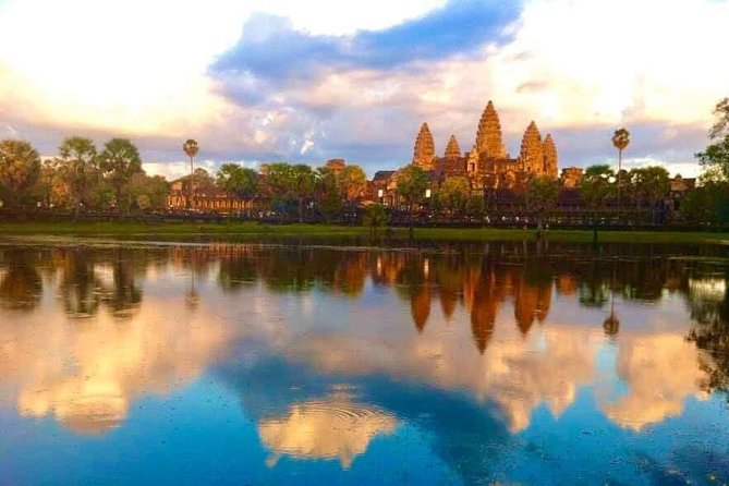 Sunrise Tour of Angkor Wat from Siem Reap-Join-in Tour photo 2