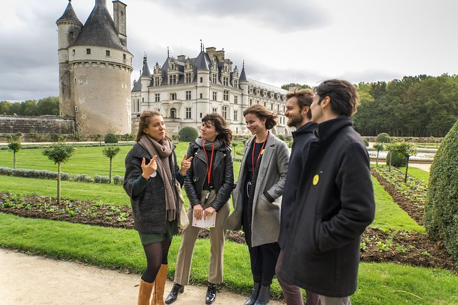 Loire Valley Castles Guided in Small Group Day Trip from Paris