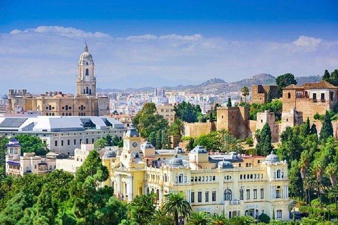 Málaga Private Half-Day City Tour With Tapas