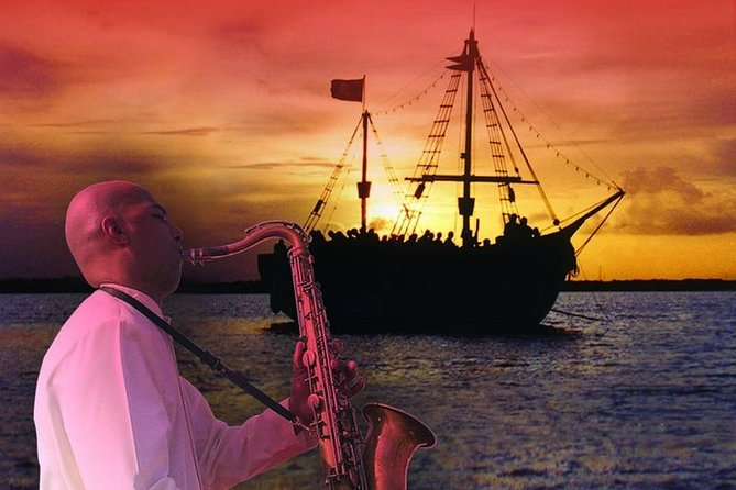 Romantic Date in Cancun Sailing in a Lagoon - With Live Saxophone Music