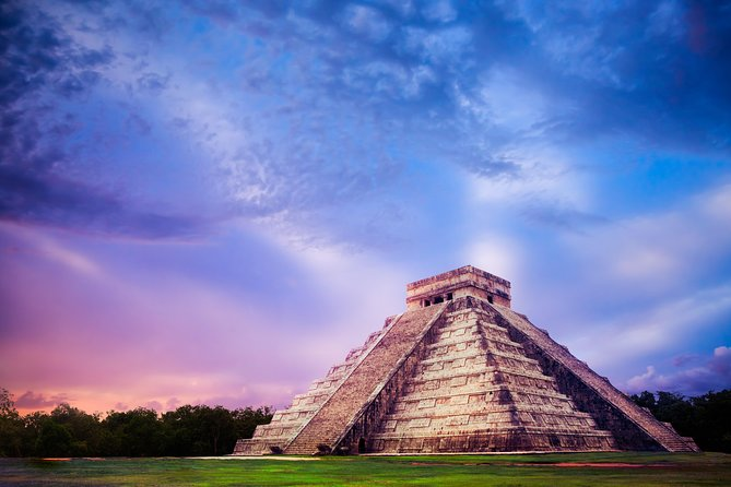 Chichen Itza Sacred Cenote and Valladolid City Premier Tour