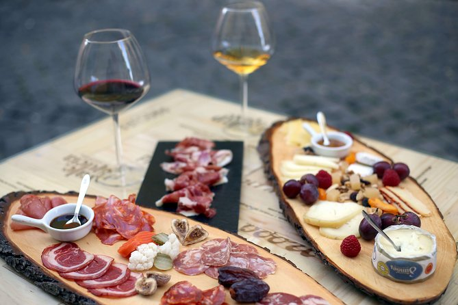 Private Lisbon Tour with Premium Portuguese Wine and Tapas Tasting