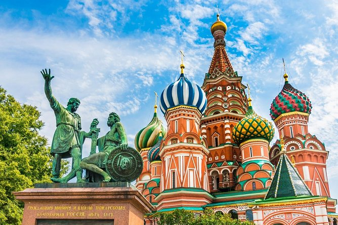 Private Moscow city tour with a certificated local guide with St Basil's visit