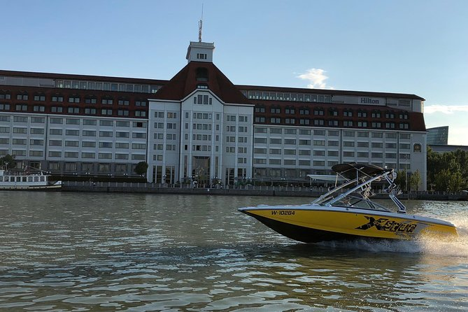 Day trip from Vienna to Bratislava by motorboat