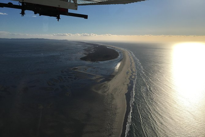 Farewell Spit Scenic Flight