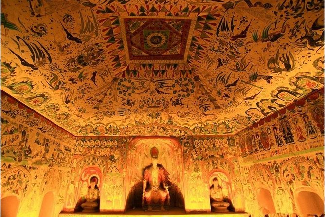 Dunhuang Private Day Tour of Mogao Grottoes, Crescent Lake and Singing Mountain photo 2