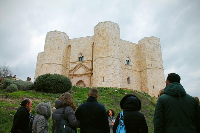 Bari - Trani by train and guided tour of Castel del Monte with transfer