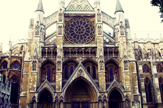 Westminster Abbey Tour for Kids with Sightseeing Walk in Westminster London