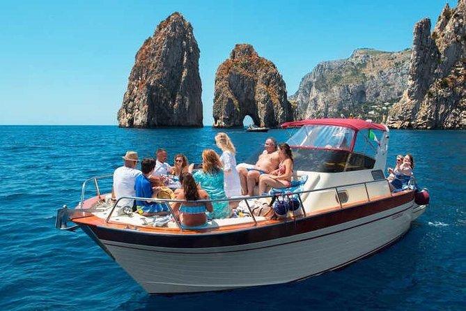Secret Gem Tour of the Amalfi Coast: Boat and Car