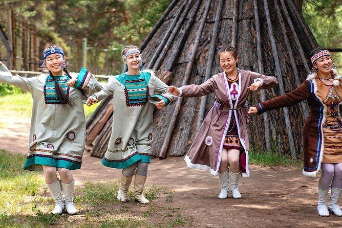 Open-Air Ethnographic Museum Private Tour + Folklore Concert
