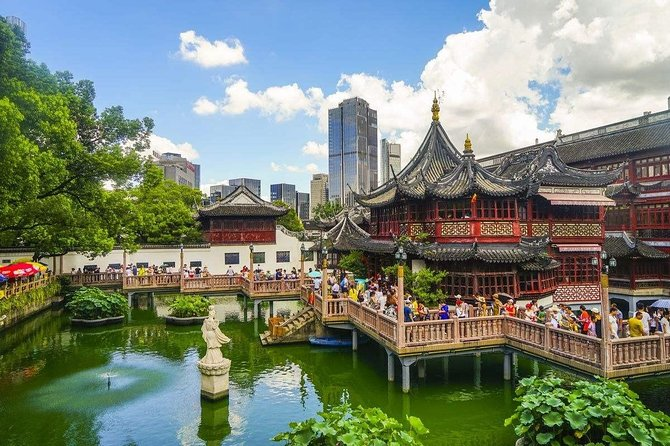 Private Shanghai City Tour from Suzhou by Bullet Train with Drop off Option