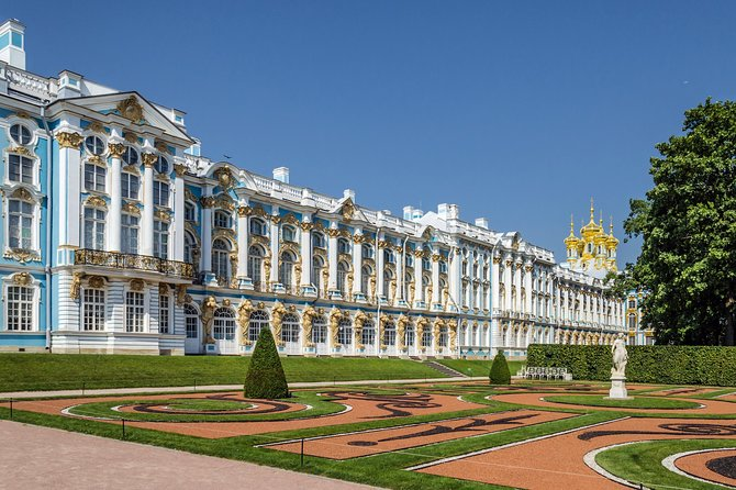 Excursion to the city of Pushkin (Tsarskoye Selo) with a visit to the amber room photo 1