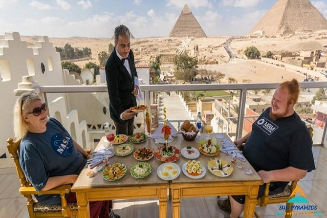 Great Pyramid Inn Lunch With Pyramids View photo 4