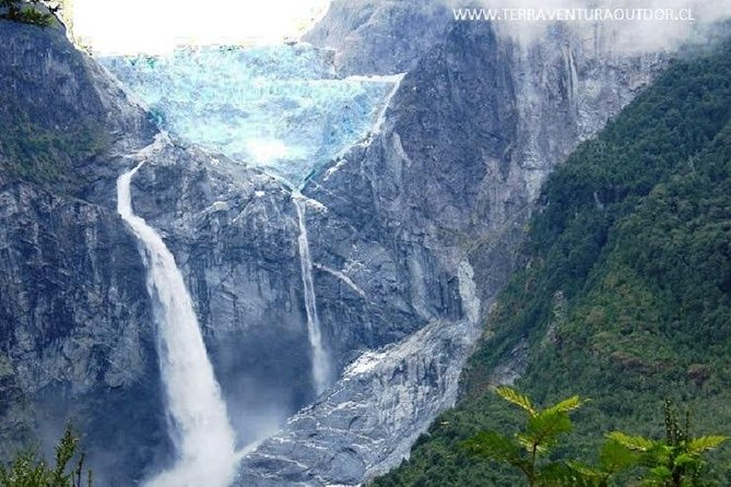 Northern Patagonia Private Tour 5 Days 4 Nights (Carreteta Austral by 4X4 Truck)