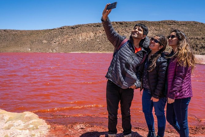 Travel from Iquique to the Red Lagoon