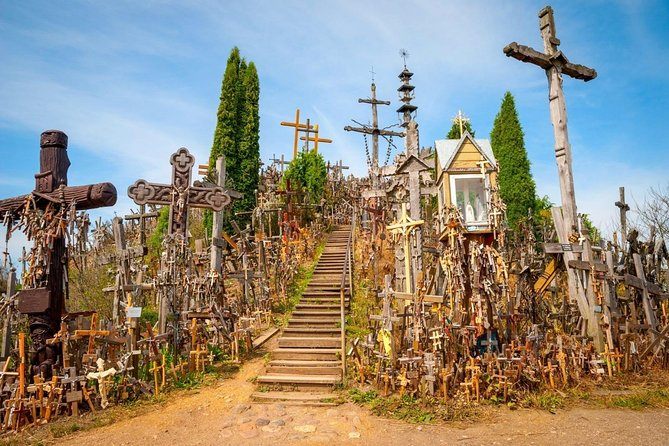Vilnius - Riga via IX Fort, Hill of crosses and Rundale Palace private day tour photo 2