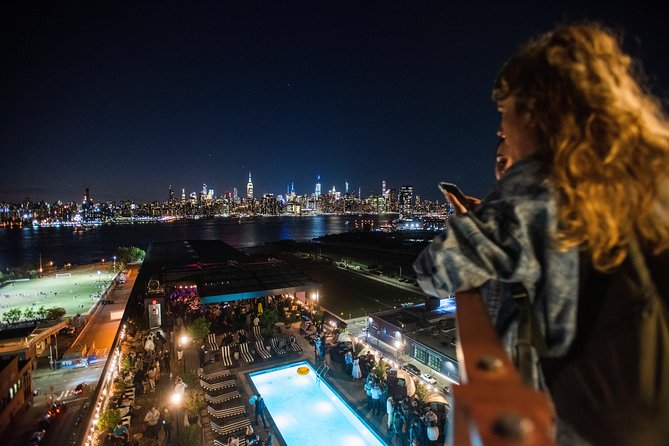 New York City Rooftop Bar Crawl with VIP Skip-the-Line Entrance