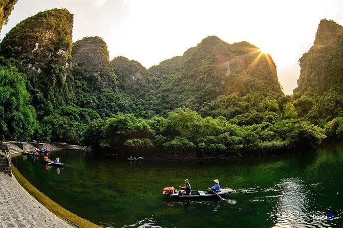 MEMORABLE Day In Ninh Binh ALL INCLUSIVE: Hoa Lu, Tam Coc, Mua Cave, Trang An