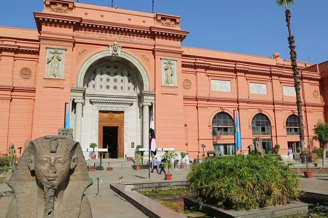 Pyramids of Giza and the Egyptian Museum Full day tour photo 2