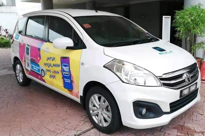 Airport Private Transfer: Penang Airport to or from Town Hotel (6 seater)