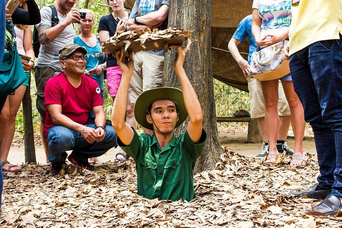 Full-Day Cao Dai Temple - Cu Chi Tunnels photo 2