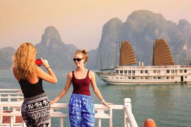 Apricot Cruise 3*** - Ha Long Bay 2 Days 1 Night Tour