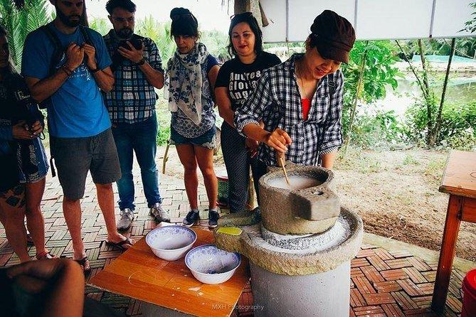 Cooking class at Thuan Tinh island