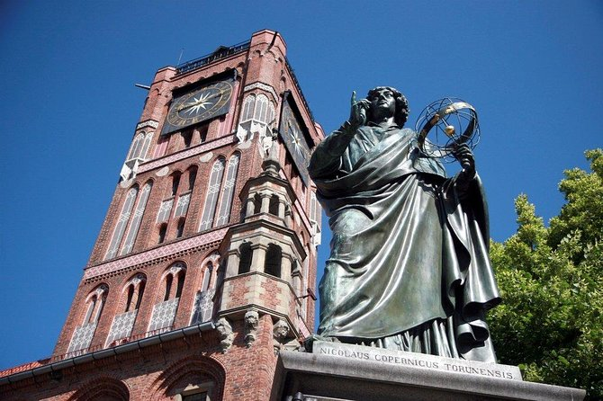 Torun: Copernicus Trail and Old Town Private Walking Tour