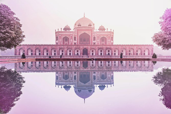 Transit Tour - Best of Old Delhi's Attractions & Food on a guided 4 hours tour