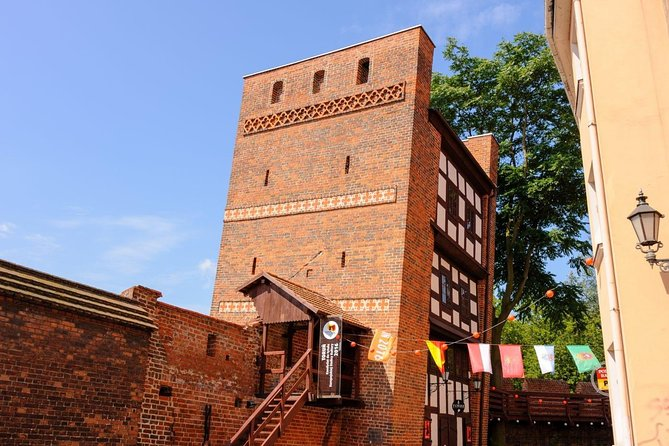 Torun: Living Museum of Gingerbread and Old Town Private Walking Tour photo 2