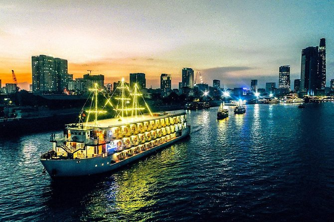 Cyclo - Water Puppetry And Dinner Cruise - Evening Tour