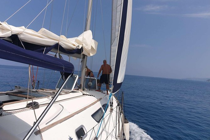 Private tour on sailing boat photo 1