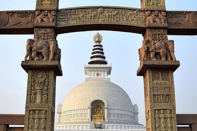 Explore Culture & Religions in Delhi with a local - Private 4Hrs Tour in AC Car
