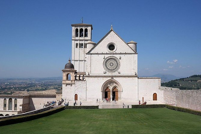 Private Transfer: Ciampino Airport (CIA) to Assisi or vice versa