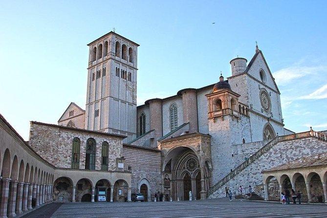 Private Transfer: Civitavecchia Port to Assisi or vice versa