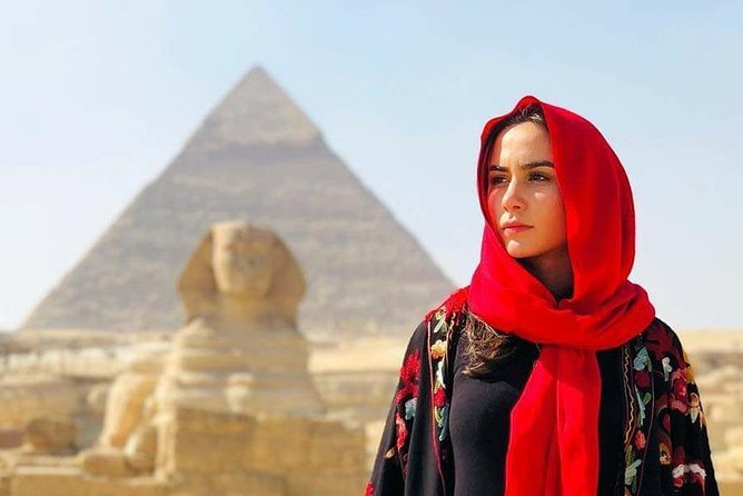 Tour to Pyramids & The Egyptian Museum and old cairo