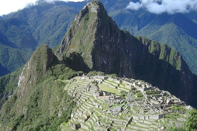Low-Cost Machu Picchu Day Tour
