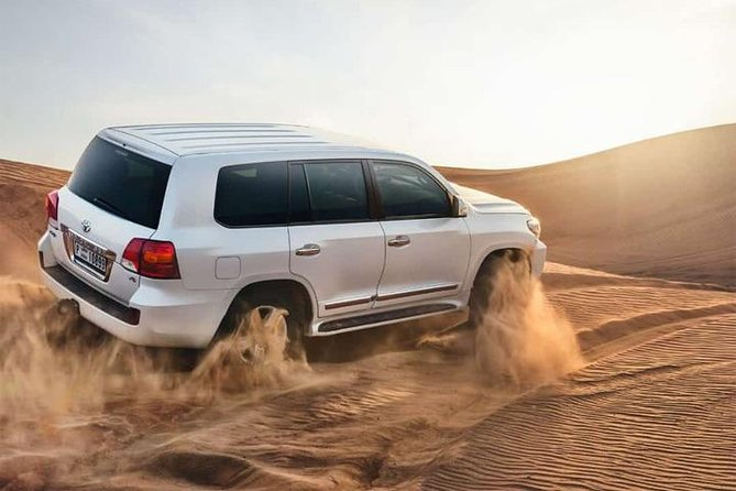 4x4 Desert Safari Dubai with BBQ Dinner & Live Shows