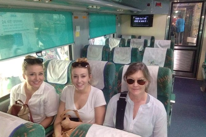 Delhi to Agra day trip by Train with Lunch