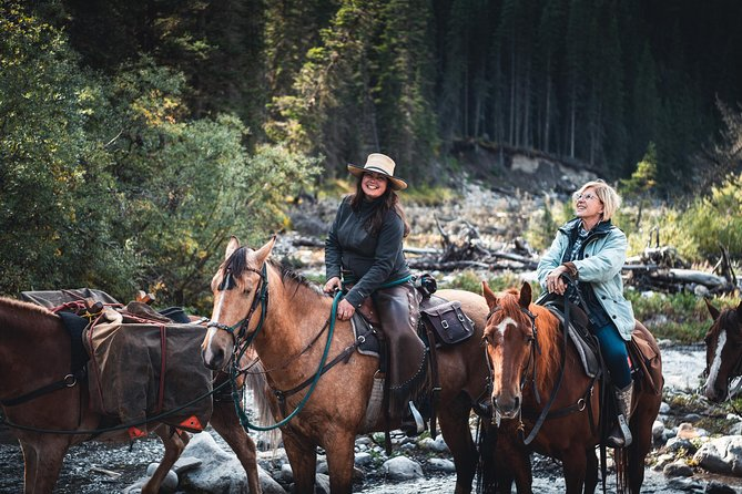 2-Day Sundance Overnight Backcountry Lodge Trip by Horseback