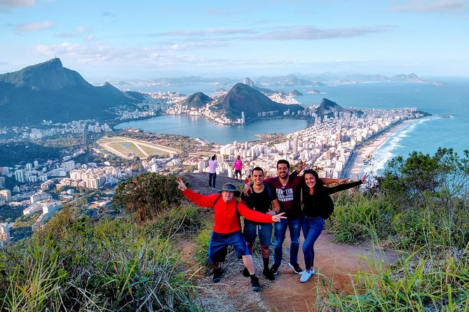 Morro Dois Irmãos Trail - Tour with local guide and incredible views of Rio