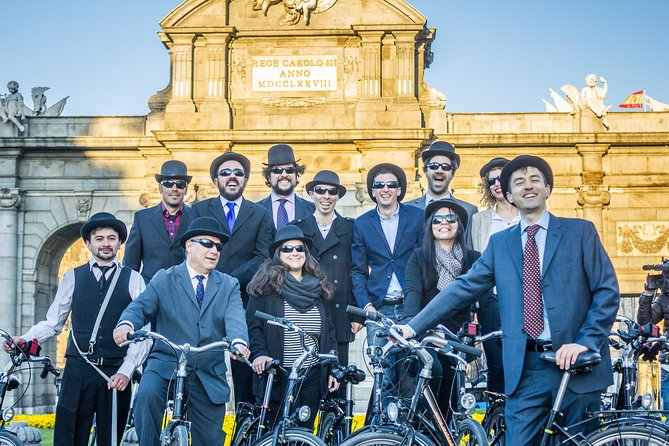 3 hrs. Private BIKE TOUR, Madrid FULL EXPERIENCE