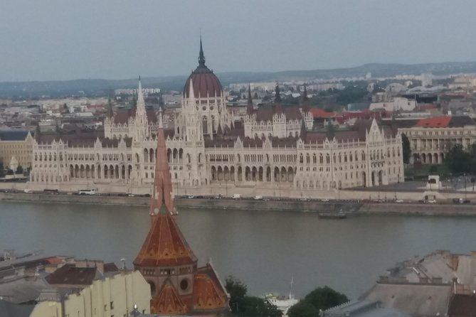 All day walking tour in Budapest