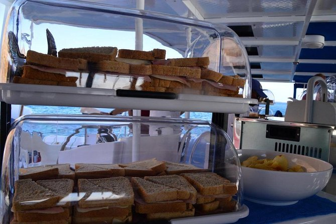 Lounge Catamaran SODADE Half-Day (Adults Only) photo 13