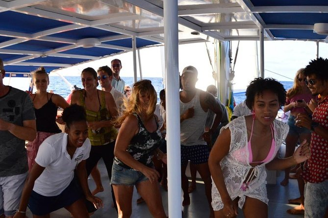 Lounge Catamaran SODADE Half-Day (Adults Only) photo 39