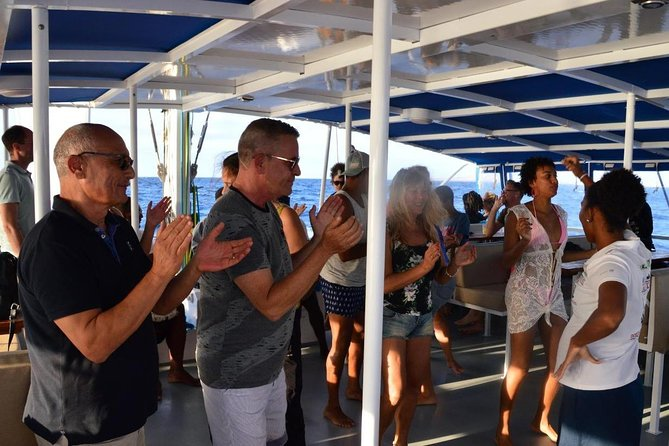 Lounge Catamaran SODADE Half-Day (Adults Only) photo 36